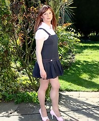 Lucimay takes a stroll outdoors that ends in a lengthy wank